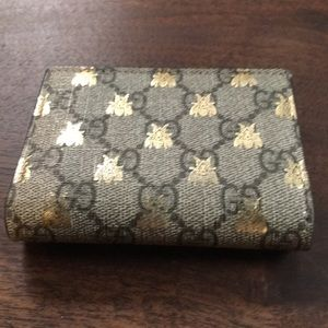 Gucci GG Monograms Leather Bumblebee Bifold Wallet